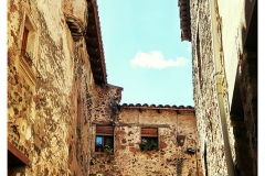 Santa_Pau_girona_02